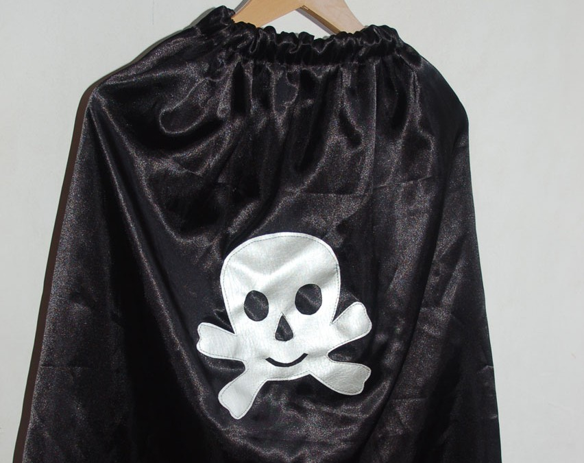 Coudre une cape de pirate TDM