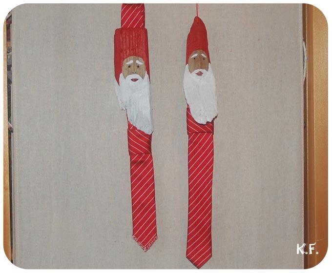 Père Noël en bois flotté et cravate