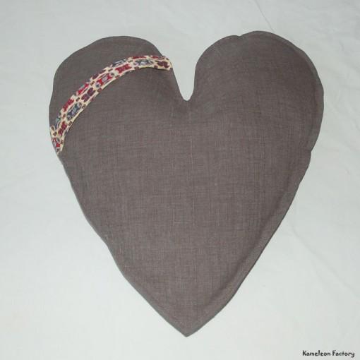 coussin coeur cravate dos