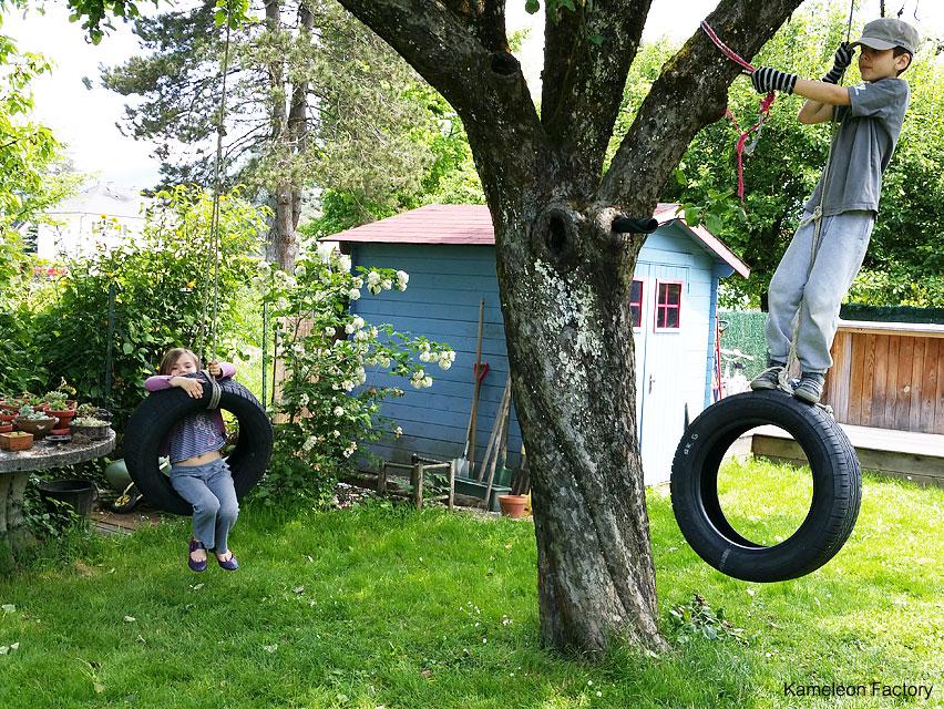 Des balançoires Upcycling en pneus pour les enfants