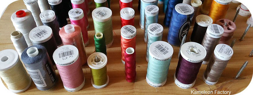 organiser les bobines de fil pour la couture