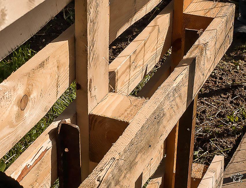 Diy faire son potager vertical avec un palette kameleon - Jardin vertical palette ...