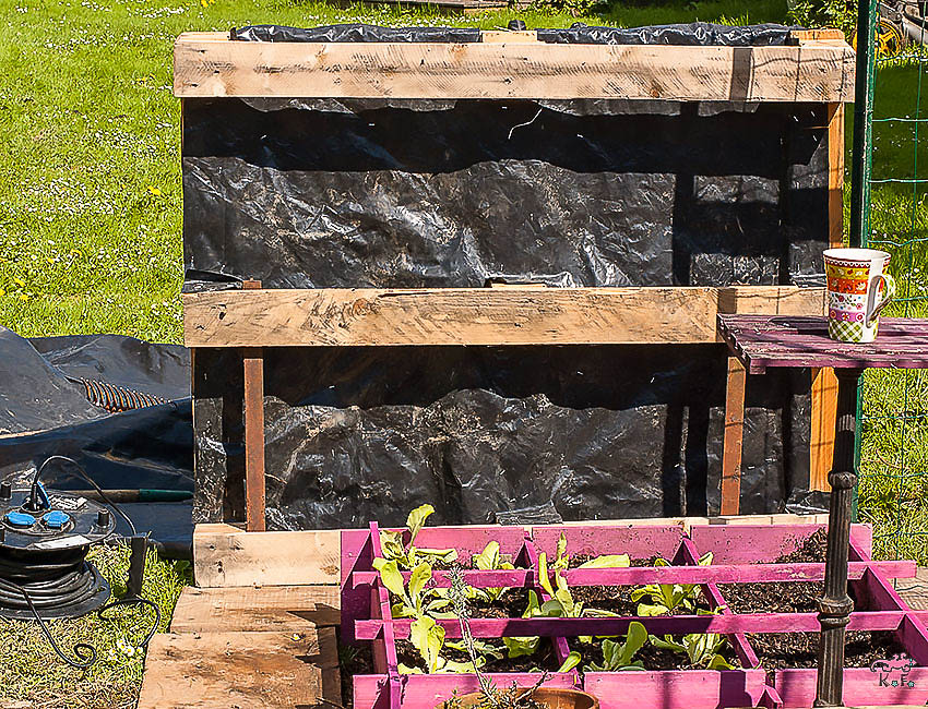 diy faire son potager vertical avec un palette kameleon. Black Bedroom Furniture Sets. Home Design Ideas