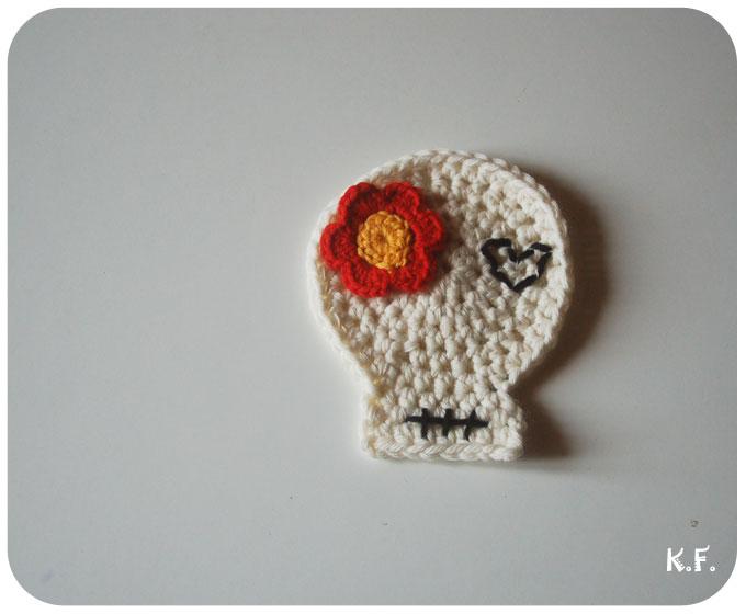 tête de mort au crochet pour Halloween par Kameleon Factory