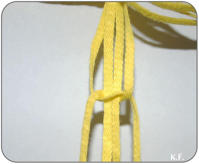 réaliser le noeud torsade en macramé étape 1
