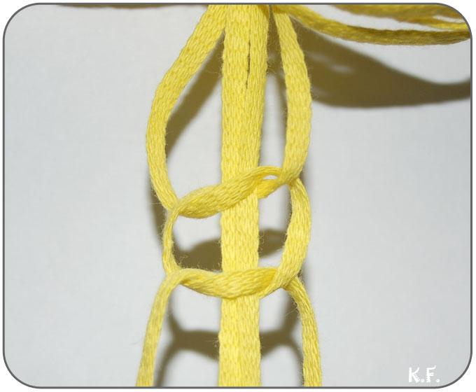 réaliser le noeud torsade en macramé étape 2