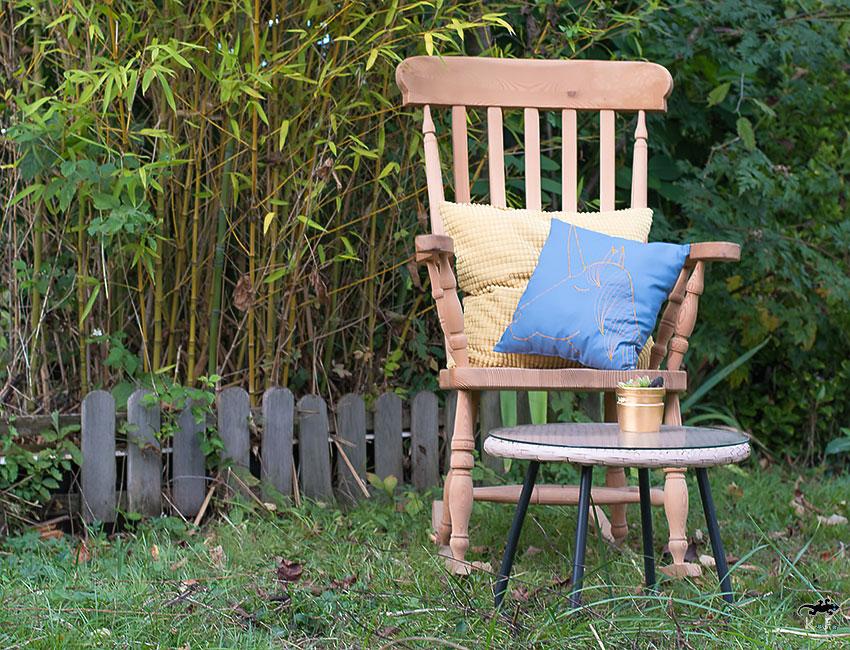 Coussin Licorne ambiance rêveuse au jardin