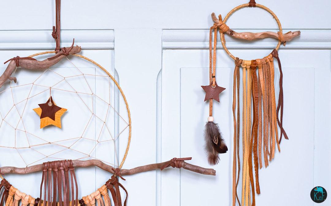 Dreamcatcher cuir et bois flotté par Kameleon Factory